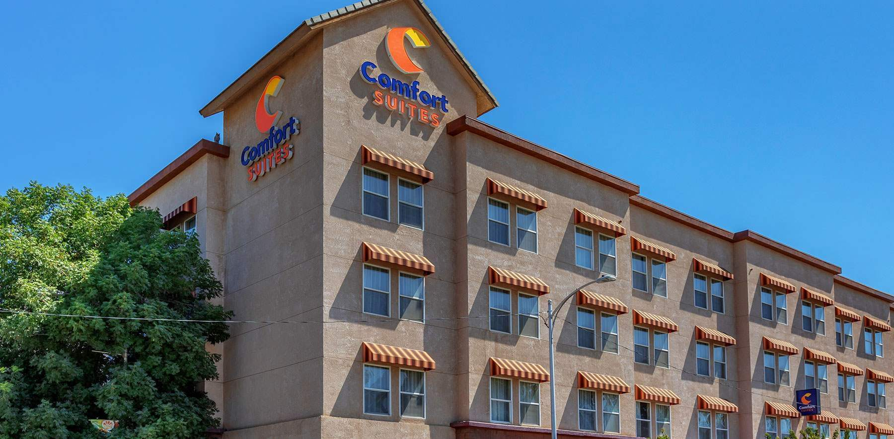 Comfort Suites Visalia Convention Center at California